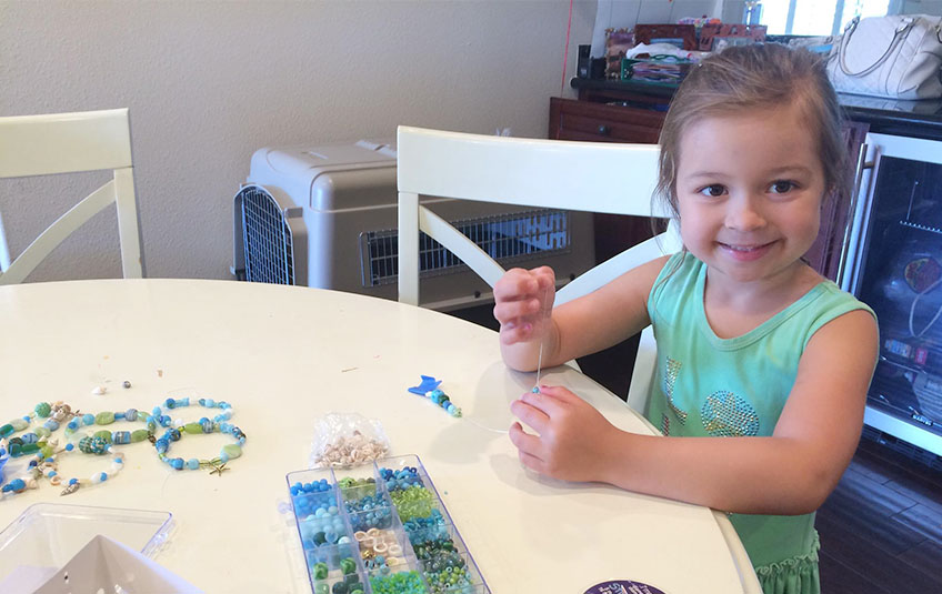 This 5 Year Old is Making Bracelets to Feed Kids